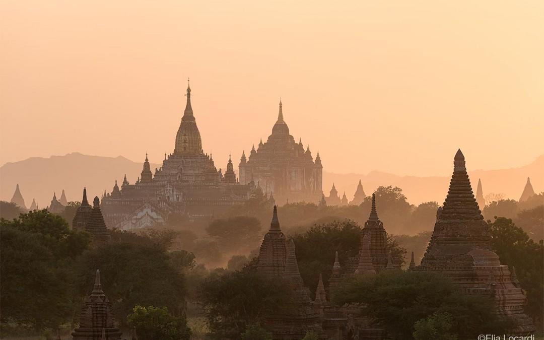 Myanmar-Burma-Photo-Tour-Elia-Locardi-Bagan-Temples