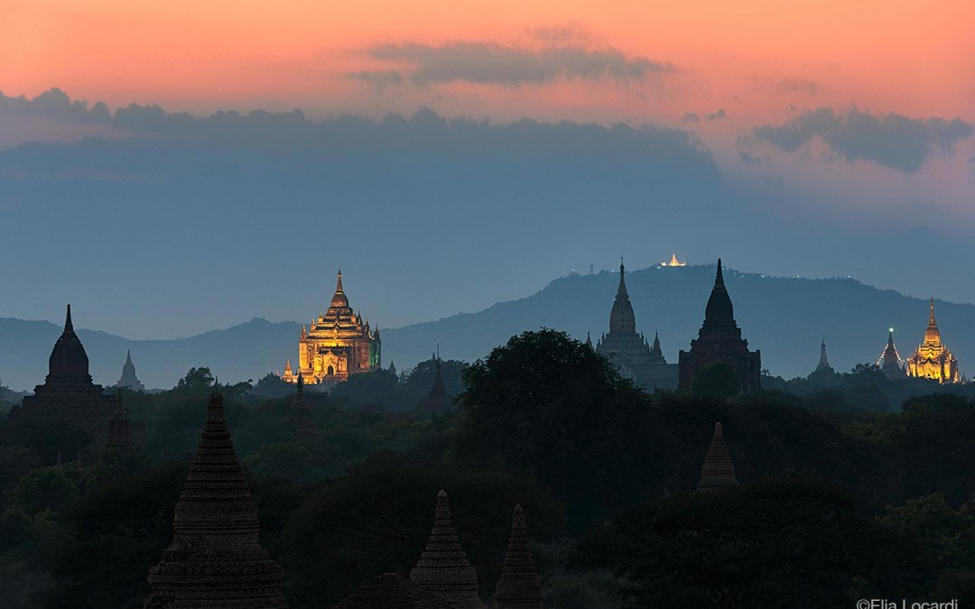 Myanmar-Burma-Photo-Tour-Elia-Locardi-Travel-Photographer-Temple-Twilight-Bagan,-Myanmar