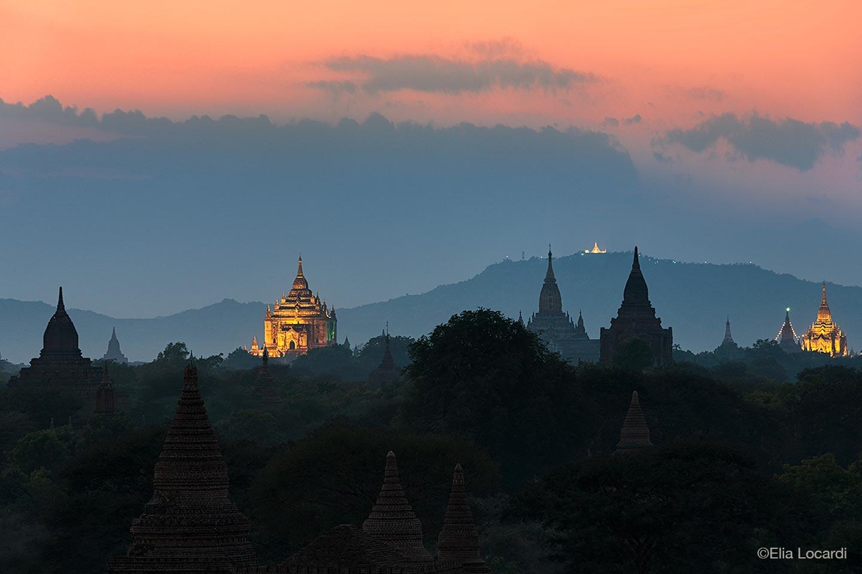 Myanmar-Burma-Photo-Tour-Elia-Locardi-Travel-Photographer-Temple-Twilight-Bagan,-Myanmar
