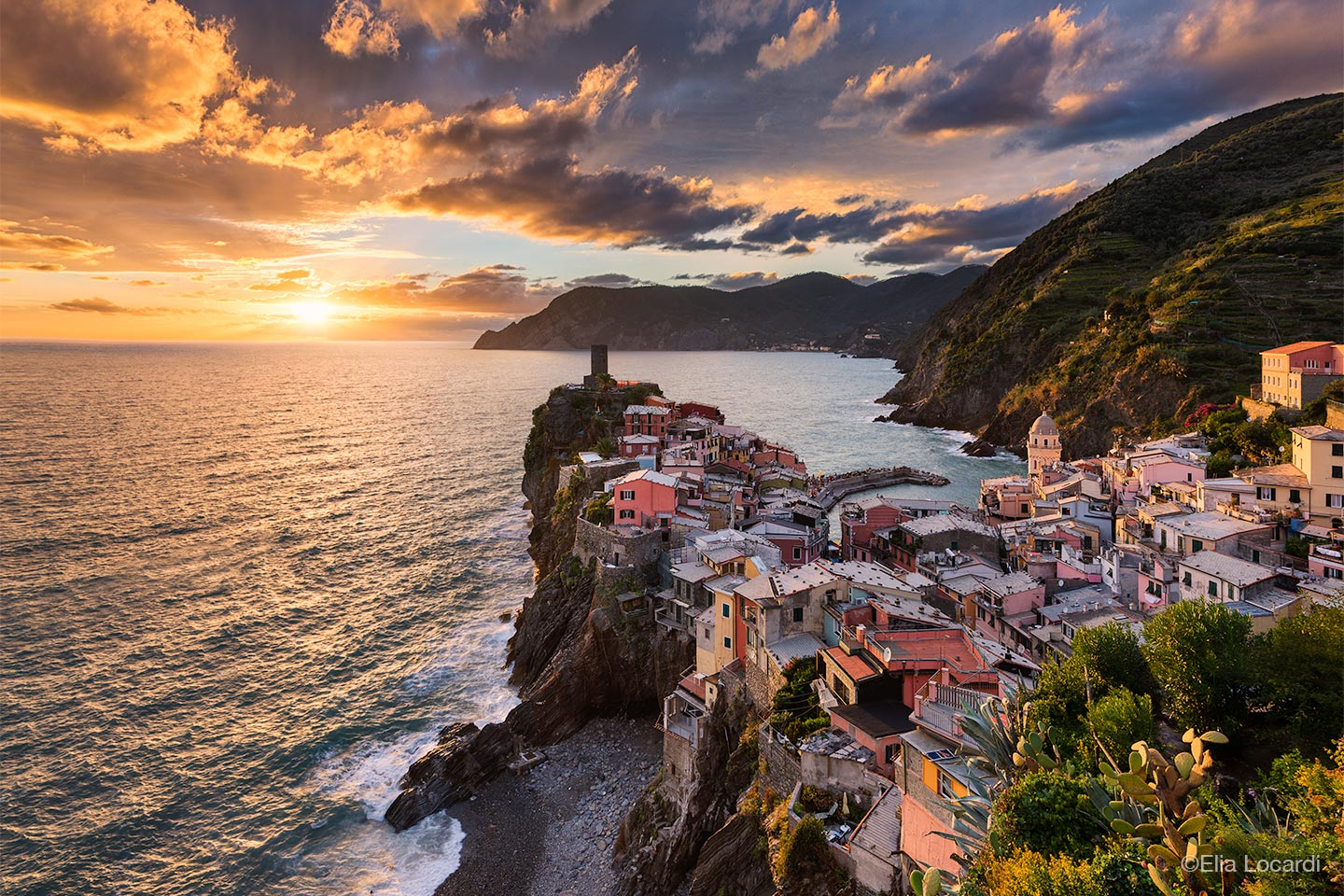 Italy Photo Tour - Cinque Terre - photo by Elia Locardi
