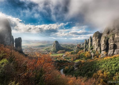Photo-Tour-Leader-Elia-Locardi-The-Valley-Of-Fog-Meteora-Greece