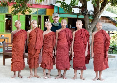 Photo-Tour-Leader-Elia-Locardi-with-Monks-Myanmar