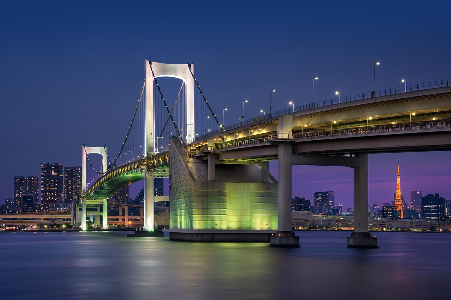 Japan-Photo-Tour-rainbow-bridge-tokyo